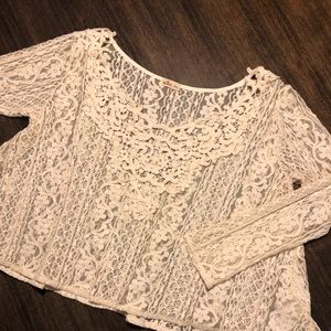 Hollister Cropped Lace